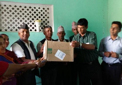 भुकम्प प्रभावित किसानलाई तरकारीको बिउ वितरण