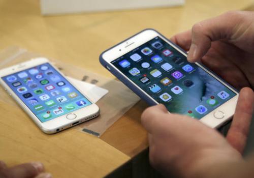एप्पलको आइफोन अमेरिकामा उत्पादन हुने संभावना, उत्पादकहरुसँग छलफल गर्दै