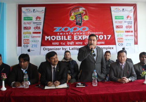 ललितपुरमा मोबाइल एक्सपो हुँदै, ७० प्रतिशतसम्म छुट, ब्राण्डेड फोन मात्र पाइने