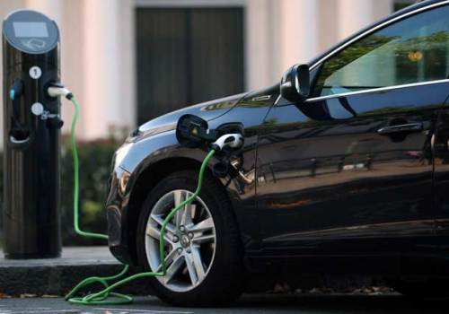 विद्युतीय सवारीसाधन उत्पादनको दौडमा कतार, ९ अर्ब डलर लगानी गर्ने