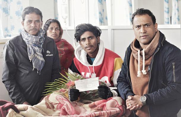 अस्पतालमा उपचारत कामतीले जिते एनसेलको 'रिचार्जमा चमत्कार' योजनाको १० लाख रुपैयाँ