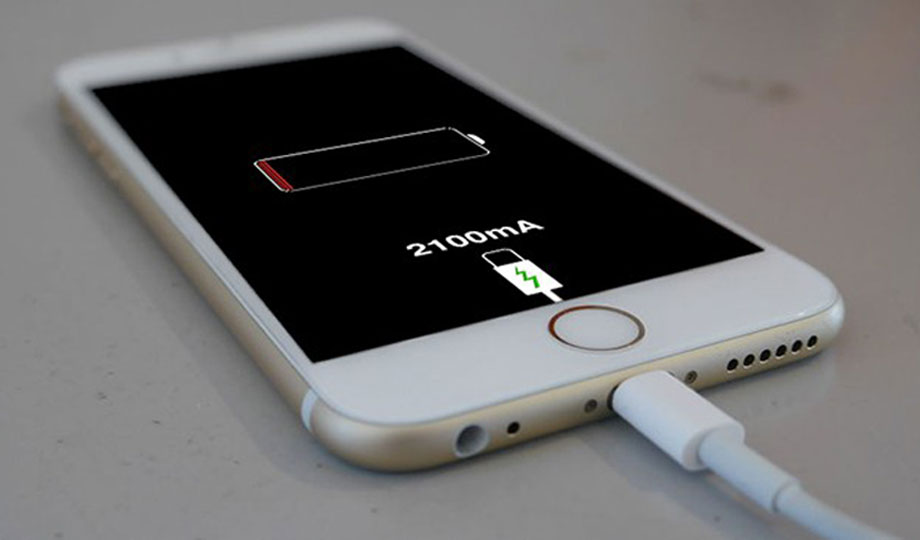 एप्पलले आईफोनलाई सुस्त बनाएको आरोपमा इटालीमा १ करोड यूरो जरिवाना तिर्नुपर्ने
