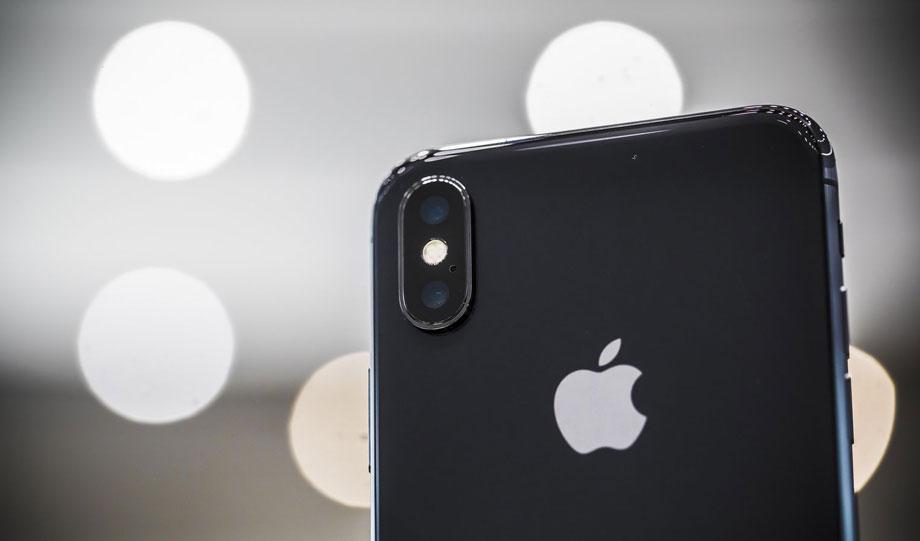 एप्पलले होईन, सबैभन्दा पहिले यस कम्पनीले सार्वजनिक गरेको थियो आईफोनको नाममा फोन