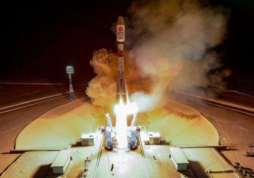वानवेबका थप ३६ वटा स्याटेलाइटहरु अन्तरिक्षमा, कम्पनीको आर्थिक उद्धारपछि पहिलो लन्चिङ्ग