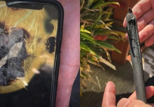 खल्तीमा राखेको आइफोन एक्स पड्किएपछि एप्पलको विरुद्धमा मुद्दा
