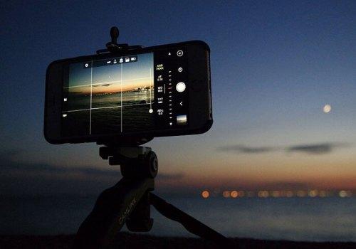 आईफोनबाट डीएसएलआर जस्तै फोटोग्राफी गर्न चाहनुहुन्छ? यस्ता छन् शानदार क्यामरा ट्रिकहरु