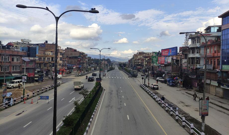 कोरोना संक्रमण तिब्र बढेसँगै दूरसञ्चार सेवा प्रदायकहरुको सवारी र आवतजावतमा पनि कडाई