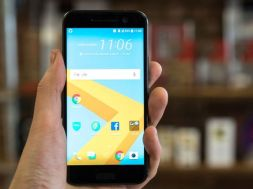 HTC 10 with just few pre-installed apps