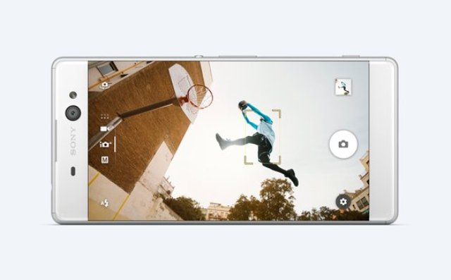 The 6 inches Screen display of Xperia XA Ultra