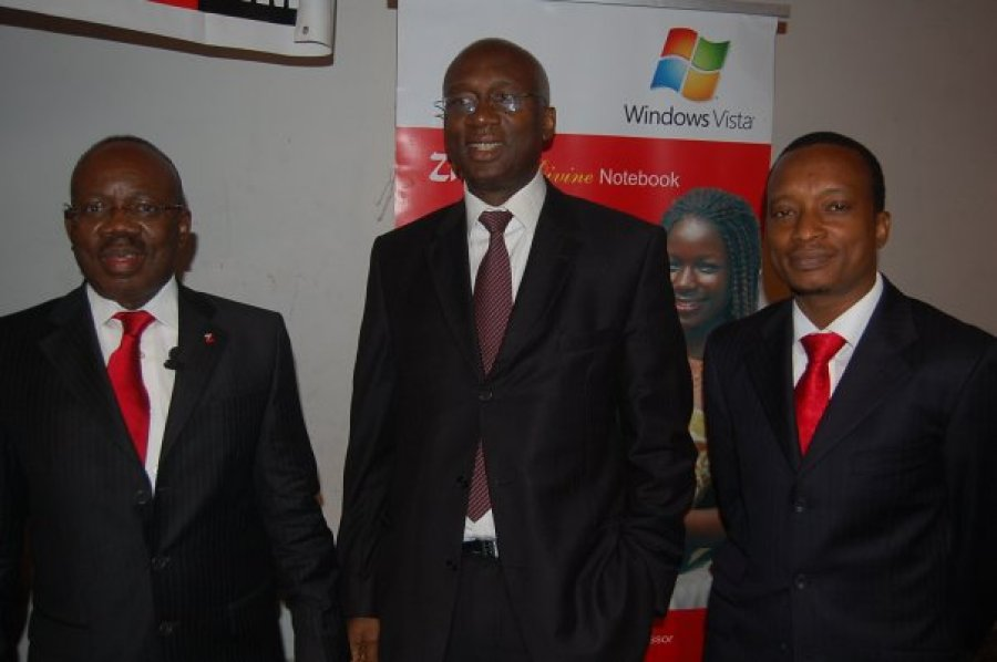Mr Jim Ovia, then MD of Zenith Bank (left); Engineer Ernest Nduwke, EVC of Nigerian Communications Commission (NCC) at the time and Mr Shina Badaru, Founder of Technology Times at the Technology Times Outlook 2009 Summit held at The MUSON Centre in Lagos.