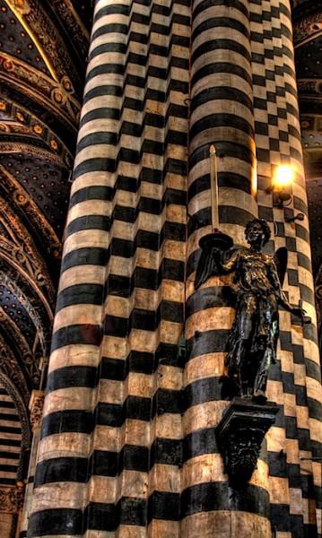 Siena Duomo Angel, HDR