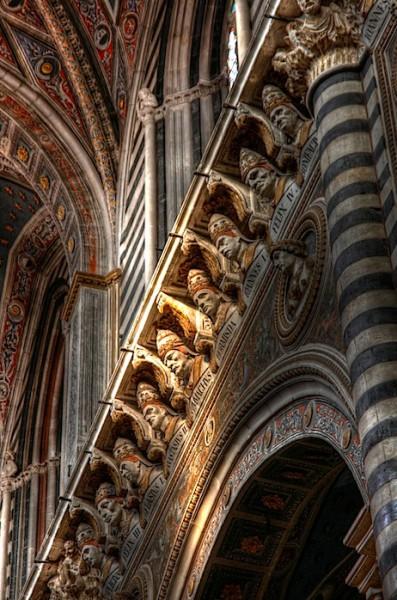Siena Duomo Busts, HDR