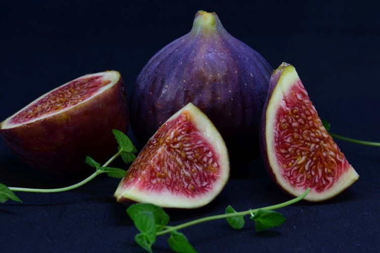 Rich pin: Figs