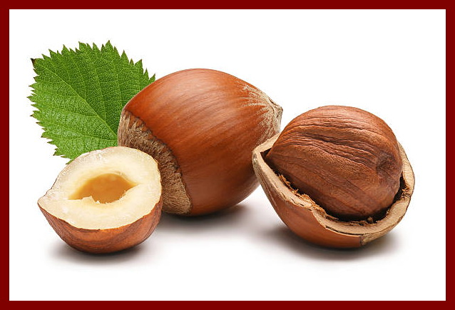 Une image contenant noix, table, fruit, alimentation Description générée automatiquement