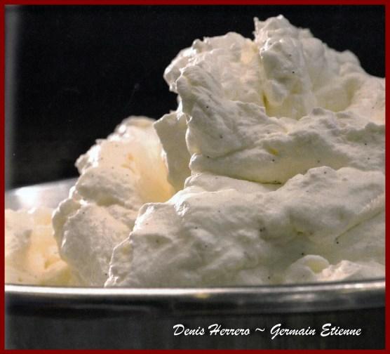 Une image contenant alimentation, intérieur, assis, dessert Description générée automatiquement
