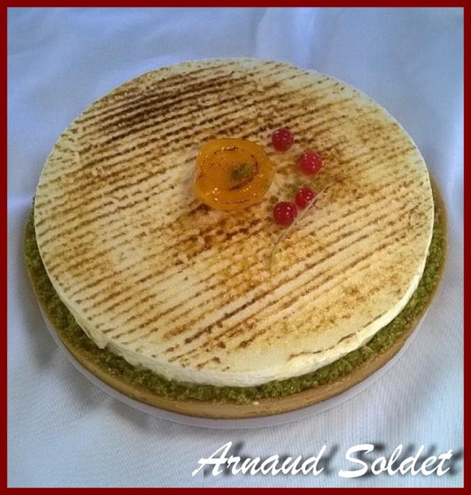 Une image contenant gâteau, assis Description générée automatiquement