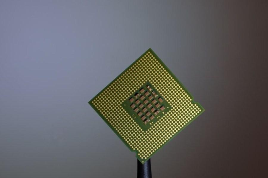 Etats Unis: des chercheurs du MIT créent une micropuce composée de milliers de synapses artificielles
