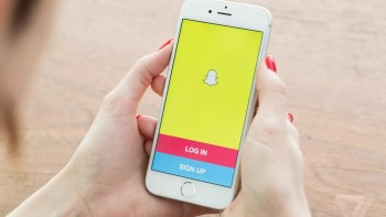 Get your Old Snapchat back on iOS & Android Devices