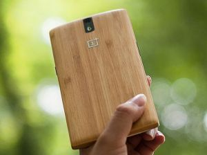 one plus two wooden back