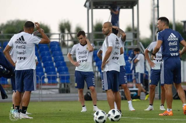 Blaming Messi is not all says Sampaoli & Maradona