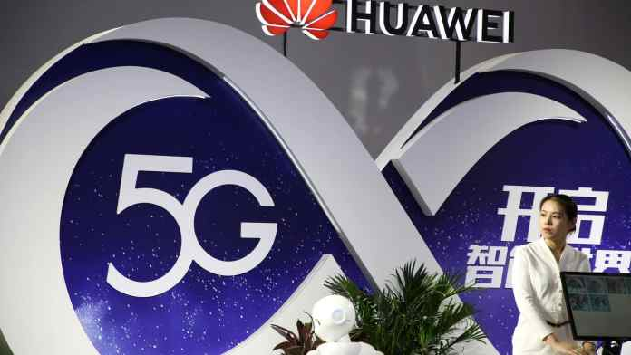 Huawei with 5G technology_TechnoSports.co.in