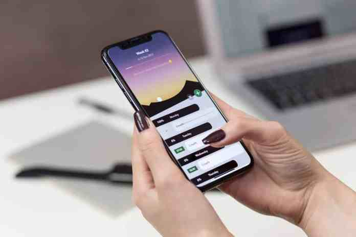 Global smartphones sales decrease by 20% in Q1 2020 due to COVID-19