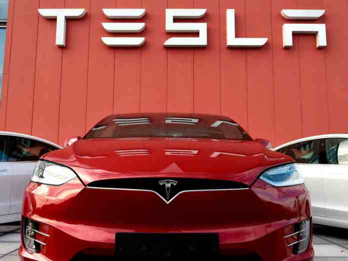 Tesla Full Self Driving subscriptions would charge $199 per month