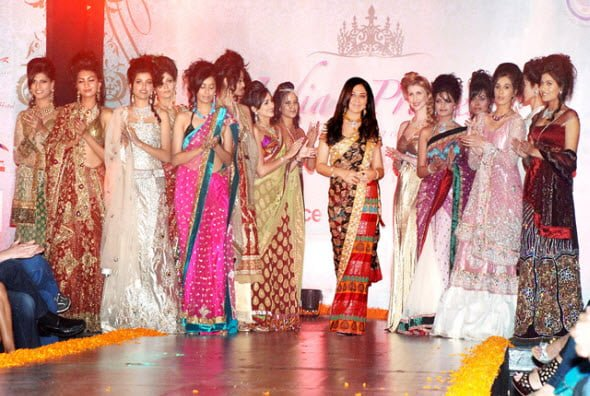 Sonia Mehra of Dial a Dress rent a party wear Mumbai