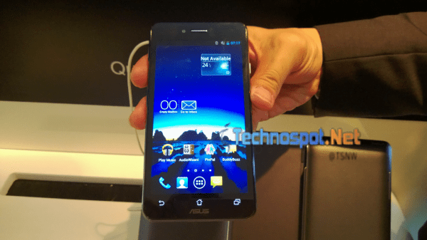 Asus Padfone Front View