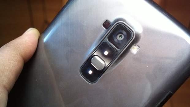 LG G Flex Camera