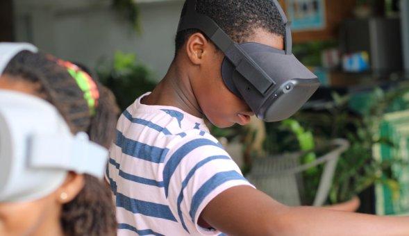 How Can Virtual Reality Help Ghanaian Science Teachers?