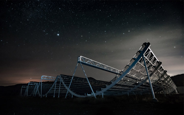 Astronomers Detect 13 Radio Bursts