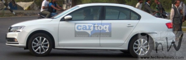 2015 Volkswagen Jetta spied testing in India