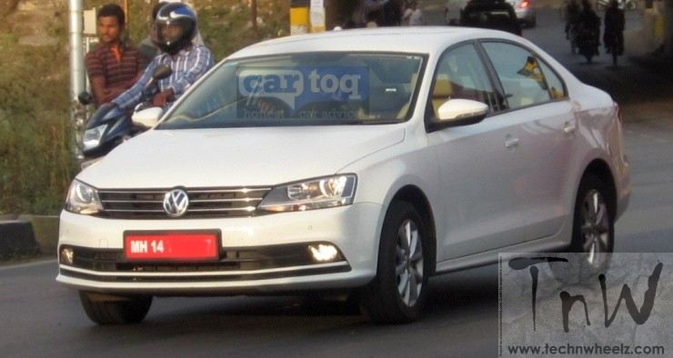 Spy Pics: 2015 Volkswagen Jetta spotted without camo