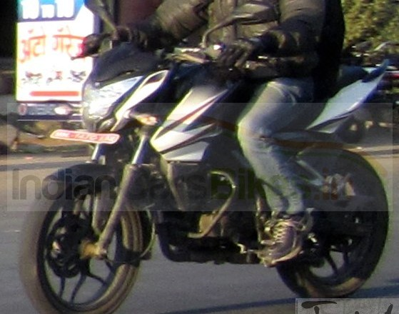 Spied: Bajaj Pulsar 160 NS. To be called the 'Pulsar 150'