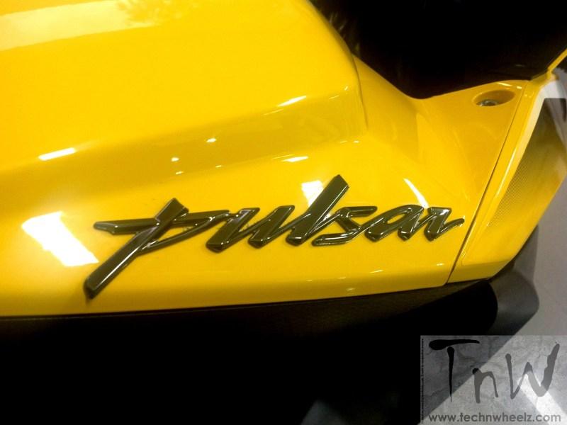 Image Gallery: Bajaj Pulsar RS200