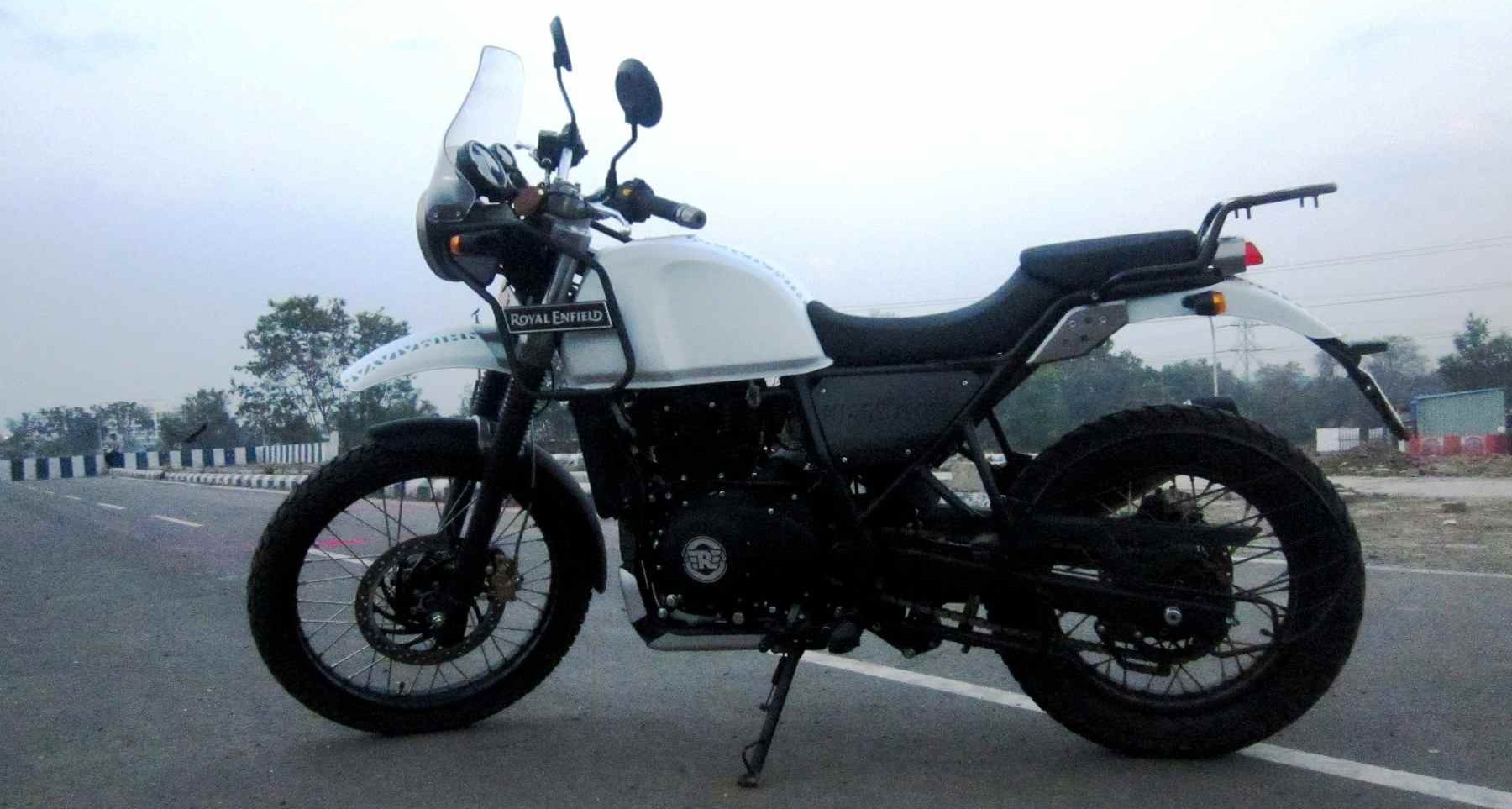 royal enfield himalayan review detailed image gallery inside southern torque masters. Black Bedroom Furniture Sets. Home Design Ideas