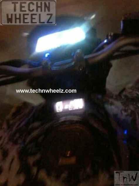 Bajaj Pulsar CS400 spy pic technwheelz (3)