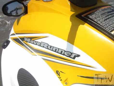 Yamaha VX700S Jet Ski (24)