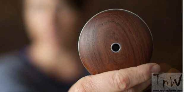 Monohm's Runcible circular phone is strange, but beautiful