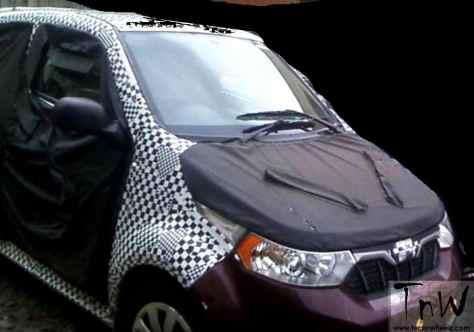 Mahindra e2o 4-door spy pics (1)