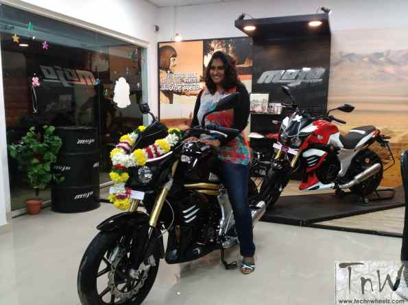 Mahindra's 1st big boy get his 1st lady