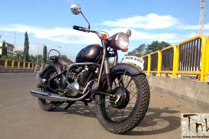 RAJDOOT-175 REMASTERED by Ayas Custom Motorcycles