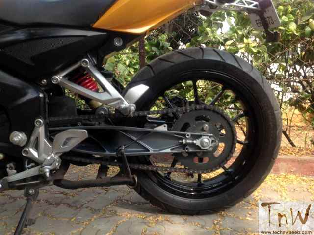 westland-customs-bajaj-pulsar-200ns-transform-7