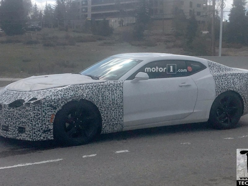 2019 Chevy Camaro spotted testing. Design updates minimal, more power expected