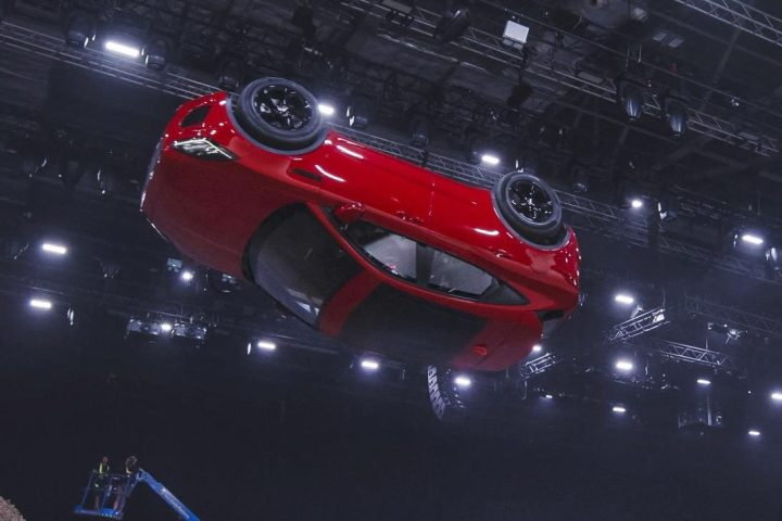 Jaguar E-PACE revealed. Sets an official GUINNESS WORLD RECORD