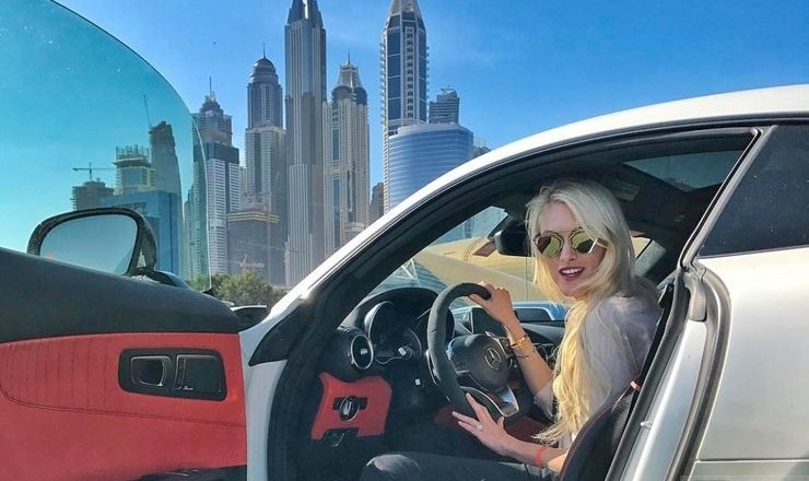 Supercar Blondie – the most popular female influencer in the world