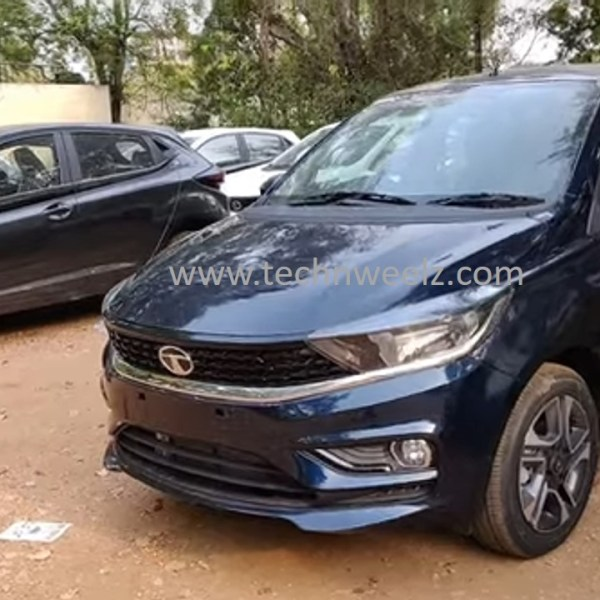 Tata Tiago XZA+ Arizona Blue