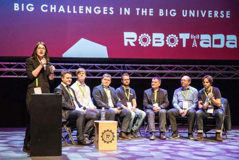 Robotiada 2017 vykusi CERN, ESA ir lietuvių mokslininkų diskusija.