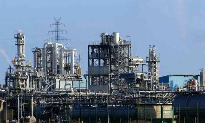 The Penex process upgrades light naphtha feedstock to produce isomerate, a cleaner gasoline blend-stock that does not contain benzene, aromatics or olefins. (Photo/Agency)